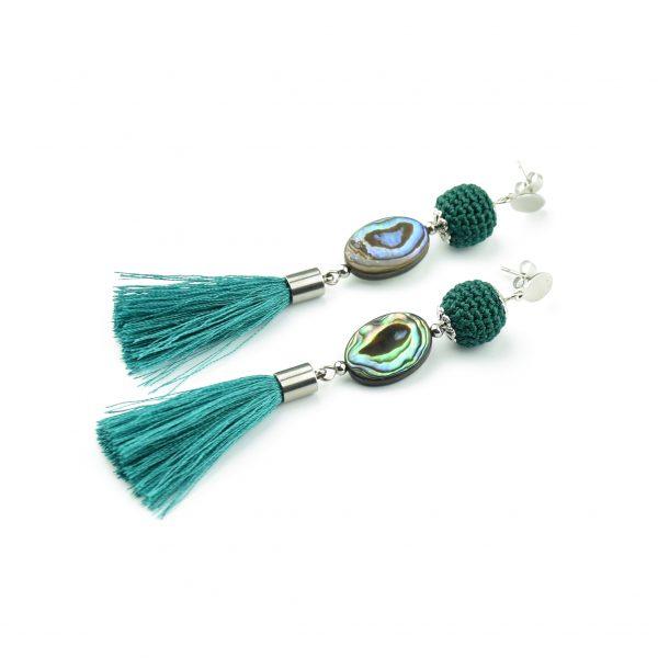 smaragdzold-kagylos-bojtos-fulbevalo